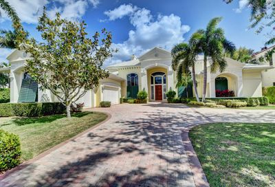 219 Palm Trail Delray Beach FL 33483