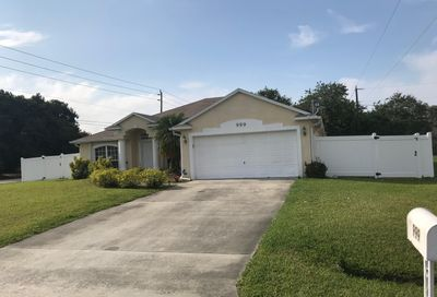 999 SW Butterfly Terrace Port Saint Lucie FL 34953