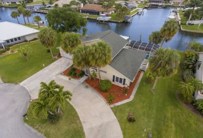 126 Queen Bess Court Hutchinson Island FL 34949