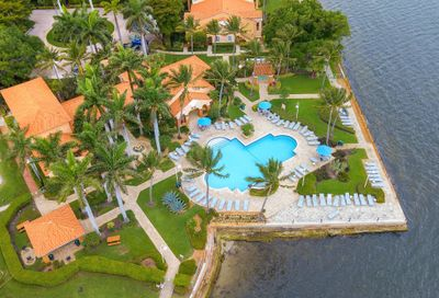 160 Yacht Club Way Hypoluxo FL 33462