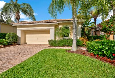 28 Laguna Terrace Palm Beach Gardens FL 33418