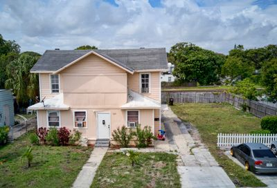 3321 Pinewood Avenue West Palm Beach FL 33407