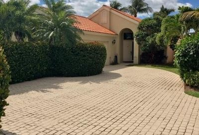 2657 La Lique Circle Palm Beach Gardens FL 33410