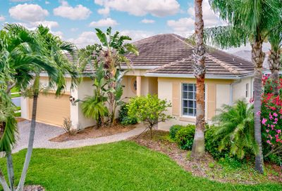4001 Windward Drive Hutchinson Island FL 34949