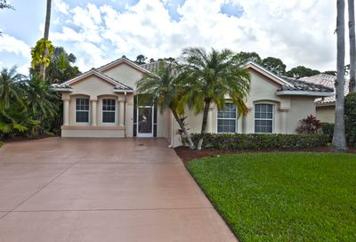 8324 Belfry Place Port Saint Lucie FL 34986
