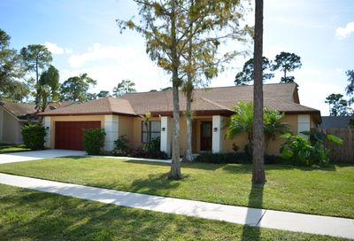 14068 Greentree Drive Wellington FL 33414