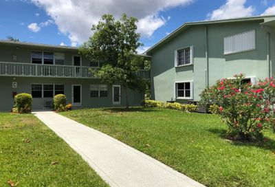67 Easthampton C West Palm Beach FL 33417