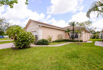 261 SW Coconut Key Way Port Saint Lucie FL 34986