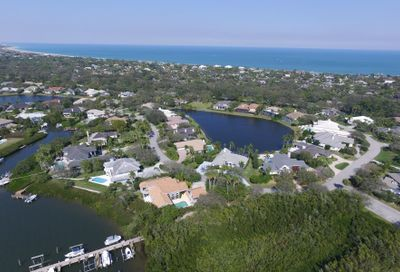215 Riverway Drive Vero Beach FL 32963