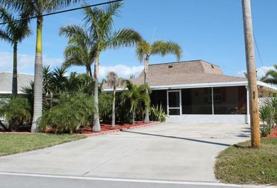 462 Hernando Street Fort Pierce FL 34949