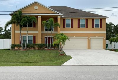 5443 NW Crisona Circle Saint Lucie West FL 34986