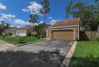 445 Park Forest Way Wellington FL 33414