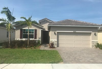4565 NW King Court Jensen Beach FL 34957