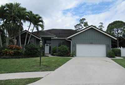 5590 Cypress Tree Court Palm Beach Gardens FL 33418