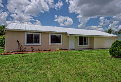 1426 SE Buckingham Terrace Port Saint Lucie FL 34952