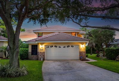 4920 Sherwood Forest Drive Delray Beach FL 33445
