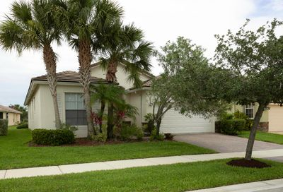 10539 SW Southgate Court Port Saint Lucie FL 34987