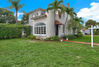 1918 N Lakeside Drive Lake Worth Beach FL 33460