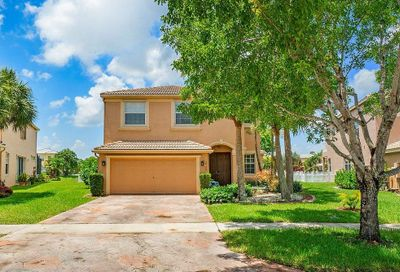 2735 Misty Oaks Circle Royal Palm Beach FL 33411