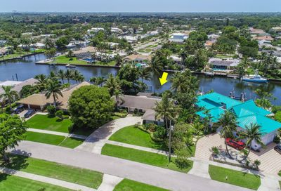 1009 Country Club Drive North Palm Beach FL 33408