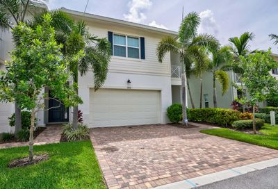 1052 Piccadilly Street Palm Beach Gardens FL 33418