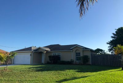 2701 SW Backton Avenue Port Saint Lucie FL 34987