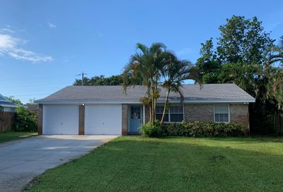 4242 Mark Street Tequesta FL 33469