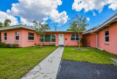 3814 Paseo Navarra West Palm Beach FL 33405