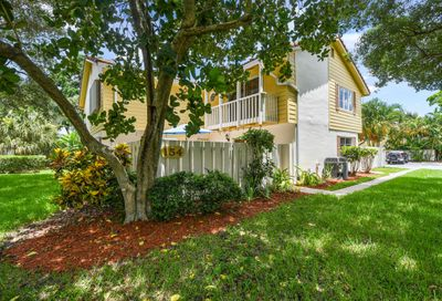 154 Seabreeze Circle Jupiter FL 33477