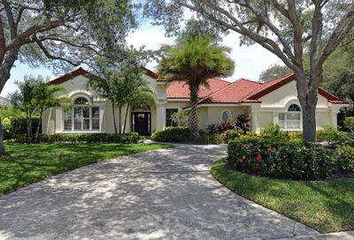 250 Riverway Drive Vero Beach FL 32963