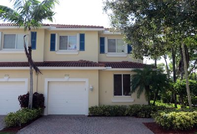 2752 S Evergreen Circle Boynton Beach FL 33426