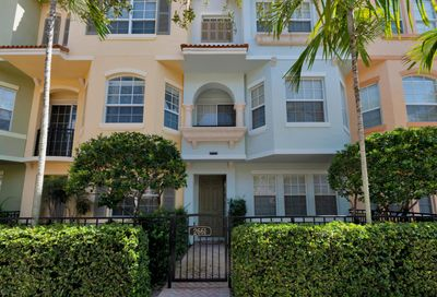 2661 Ravella Lane Palm Beach Gardens FL 33410