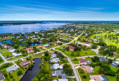 1500 NW Lakeside Trail Stuart FL 34994