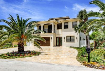 169 SE Wavecrest Way Boca Raton FL 33432