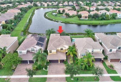8012 Emerald Winds Circle Boynton Beach FL 33473