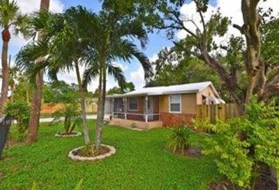 128 Sunbeam Avenue West Palm Beach FL 33413