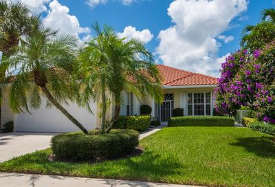 617 Rosa Court Palm Beach Gardens FL 33410
