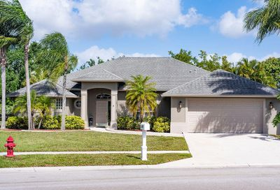 135 Monterey Way Royal Palm Beach FL 33411