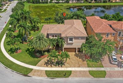8941 Club Estates Way Lake Worth FL 33467