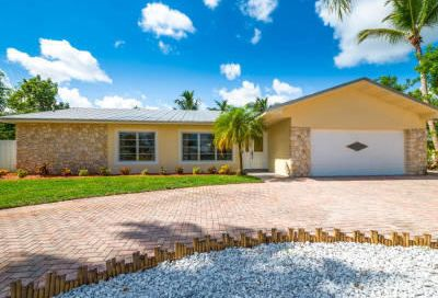 9366 SE River Terrace Tequesta FL 33469