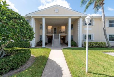 381 Grove Isle Circle Vero Beach FL 32962