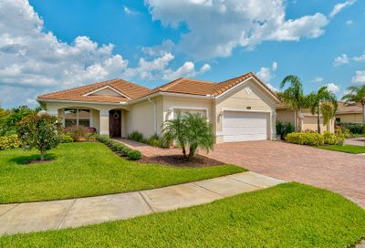 2020 Bennington SW Court Vero Beach FL 32968