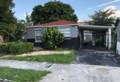 1022 17th Street West Palm Beach FL 33407