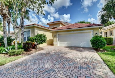 7015 Imperial Beach Circle Delray Beach FL 33446