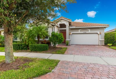 11760 SW Mountain Ash Circle Port Saint Lucie FL 34987