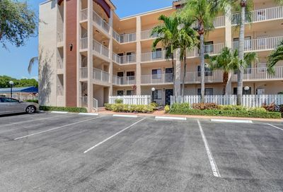 6241 Pointe Regal Circle Delray Beach FL 33484