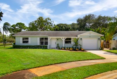 402 Highwood Circle Jupiter FL 33458