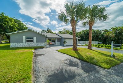 1540 S Florida Mango Road Lake Clarke Shores FL 33406
