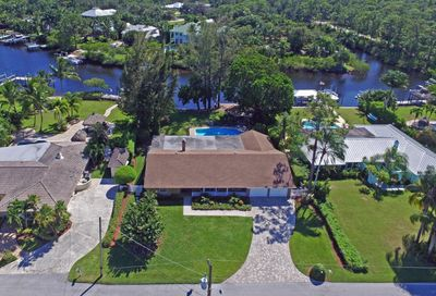 8478 SE Merritt Way Tequesta FL 33469
