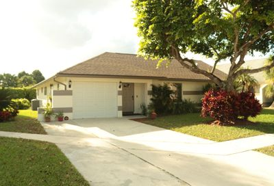 22679 Pickerel Circle Boca Raton FL 33428